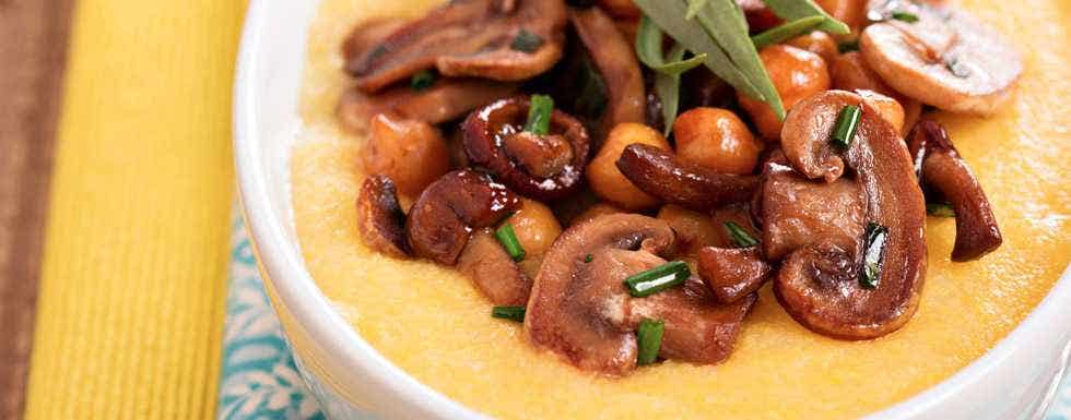... Polenta with Sauteed Mushrooms, Chickpeas & Thyme - Live Superfoods
