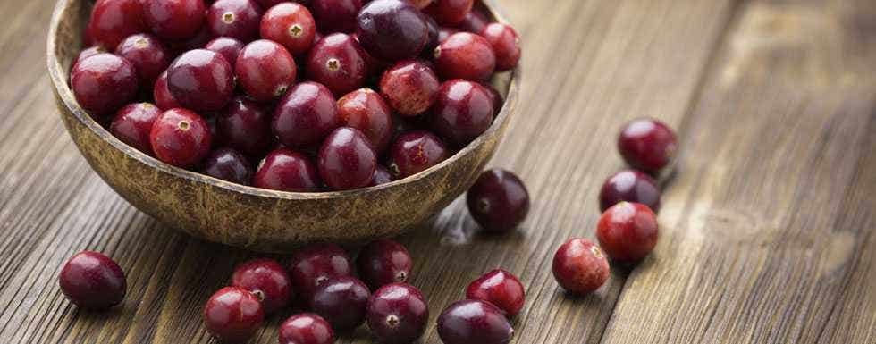 How Do Cranberries Help Your Bladder? http://healthygoods.com/natural-health-blog/how-do-cranberries-help-your-bladder